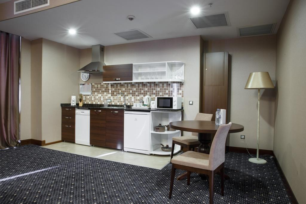 Staybridge Suites Apartment Hotel